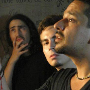 Poetas en el sótano (poets in the basement)